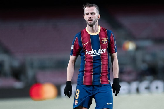 Article image: https://image-service.onefootball.com/crop/face?h=810&image=https%3A%2F%2Fbarcauniversal.com%2Fwp-content%2Fuploads%2F2021%2F06%2F1002396402-scaled.jpg&q=25&w=1080