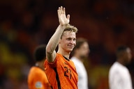"""""""I keep improving to become a better version of myself"""" — De Jong on his rise in form"""
