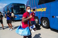 Images: Barcelona squad travels to Germany for pre-season