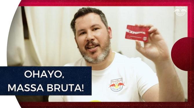 Imagem de visualização para Distância Brasil-Japão não diminui paixão de pai e filho pelo Braga