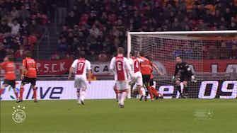 Vorschaubild für Vermaelen's Volendam volley for Ajax