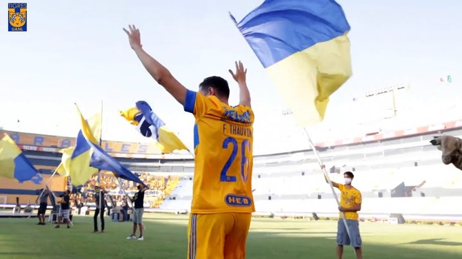 Behind the scenes: Thauvin unveiled in front of Tigres fans