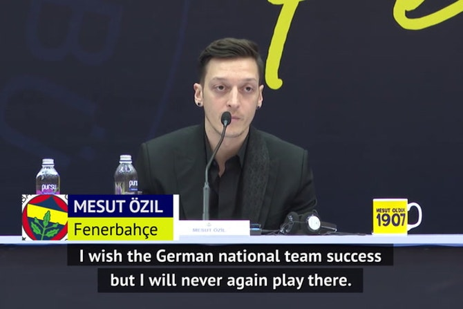 Ozil rules out international football return for Germany