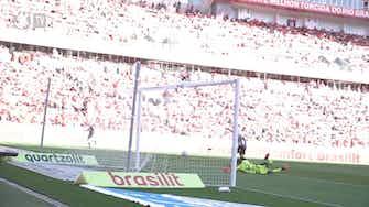 Imagem de visualização para Com gols de Giuliano e Fábio Santos, Corinthians fica no empate com o Inter no Beira-Rio