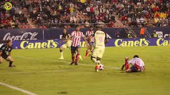 Imagen de vista previa para El decisivo golazo de Roger Martínez en el 96', a nivel de cancha