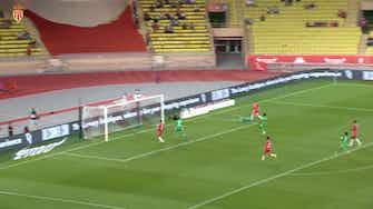Image d'aperçu pour Le superbe but de Volland contre Saint-Etienne