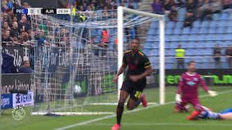 Vorschaubild für Sebastien Haller's two goals vs Zwolle