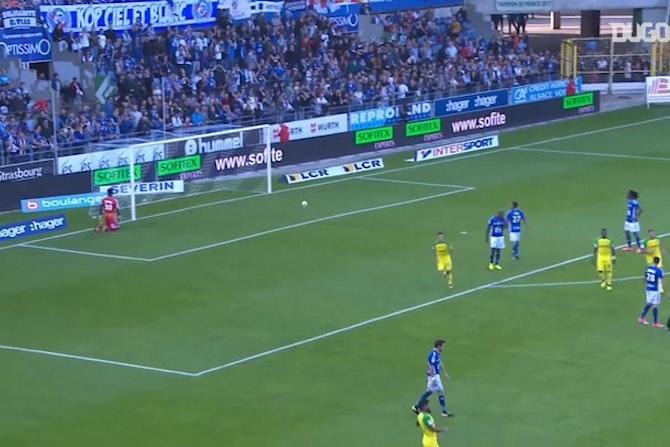 Le but magnifique de Léo Dubois contre Strasbourg