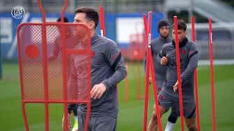 Image d'aperçu pour L'entraînement de Léo Messi avant le match de Leipzig