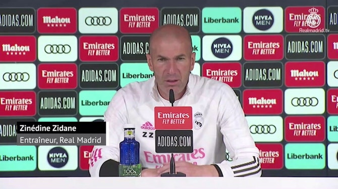 Image d'aperçu pour Bordeaux - Zidane apporte son soutien aux Girondins