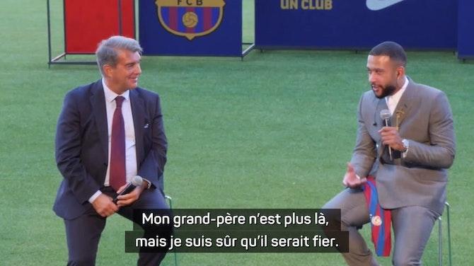 Image d'aperçu pour Barcelone - Depay rend hommage à son grand-père qui lui avait offert un maillot du Barça