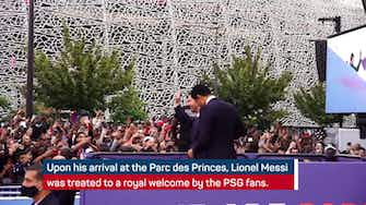 Preview image for Messi treated to royal welcome by PSG fans