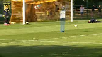 Vorschaubild für FC Nantes' training before Nice