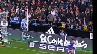 Imagem de visualização para Primeiro gol de Philippe Coutinho pelo Barcelona contra o Valencia