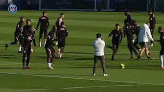 Vorschaubild für Paris Saint-Germain's training session before Lille