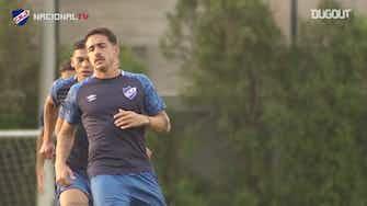 Imagem de visualização para Gabriel Neves em ação durante treinos no Nacional do Uruguai