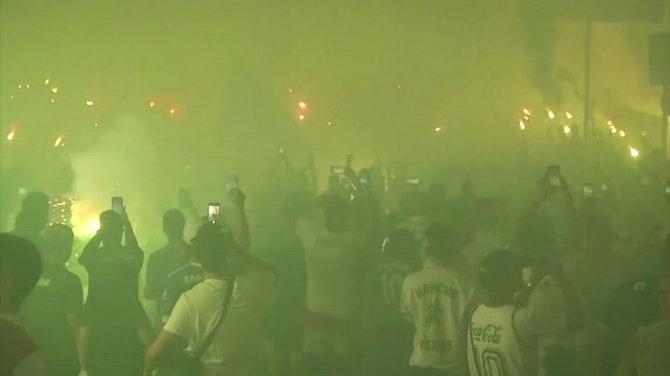 Image d'aperçu pour Copa Libertadores - Les supporters de Palmeiras déchaînés après la qualification pour la finale