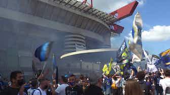 Anteprima immagine per Inter, i tifosi in attesa a San Siro