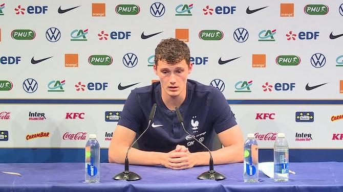"""Bleus - Pavard sur Giroud : """"Je suis très content pour lui"""""""