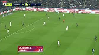 Imagem de visualização para Paquetá se destaca em duelo entre Lyon e PSG; veja sua performance