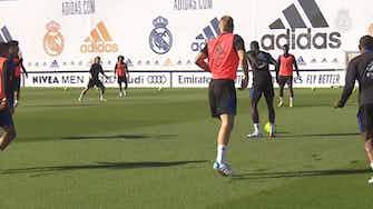Imagen de vista previa para Toni Kroos sigue preparando el Clásico