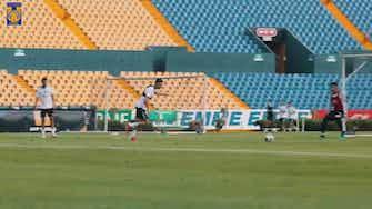 Image d'aperçu pour Les superbes gestes de Thauvin à l'entrainement des Tigres