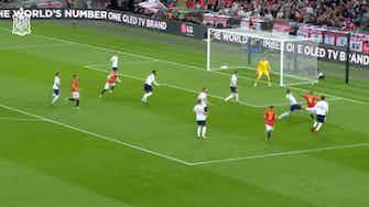 Image d'aperçu pour Le but de Saúl contre l'Angleterre à Wembley