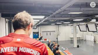 Preview image for Behind the scenes: Bayern's team photoshoot