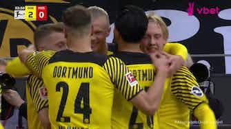 Imagem de visualização para Lewandowski e Haaland marcam duas vezes e brilham na 8ª rodada do Alemão