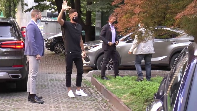 Image d'aperçu pour Transferts - Giroud est à Milan !