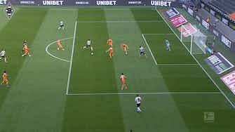 Vorschaubild für Gladbach thrash Bielefeld 5-0 in the Borussia Park