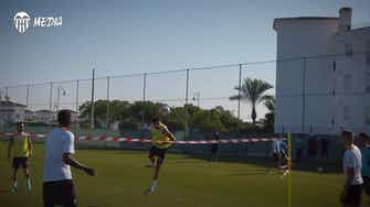 Preview image for Valencia play footvolley in training