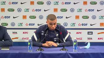 """Image d'aperçu pour Bleus - Mbappé """"affecté"""" par les propos de Giroud"""