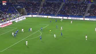 Imagem de visualização para Primeiro gol de Emerson Palmieri com a camisa do Lyon