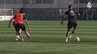 Imagem de visualização para Após goleada, Real Madrid treina de olho no 'El Clásico' do próximo domingo