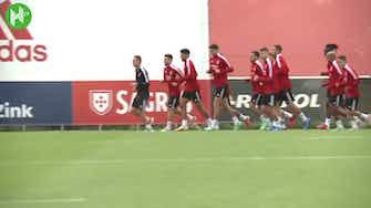 Image d'aperçu pour Le dernier entraînement de Benfica avant d'affronter le Dynamo Kiev
