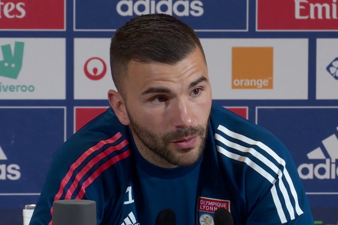 """35e j. - Lopes : """"À mes yeux, Caqueret est un titulaire indiscutable aujourd'hui"""""""