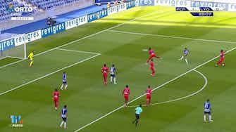 Vorschaubild für Fábio Vieira lashes home stunning volley vs Lyon