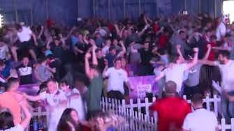 Image d'aperçu pour Euro 2020 - La joie des fans anglais sur le but de Shaw