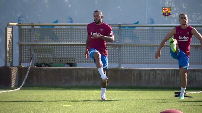 Vorschaubild für Trainingsauftakt für Depay beim FC Barcelona