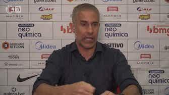 Imagem de visualização para Sylvinho vê interferência em lance polêmico no empate com o Atlético-GO