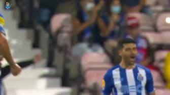 Imagem de visualização para Do meio da rua! Golaço de Taremi para o Porto contra o Gil Vicente