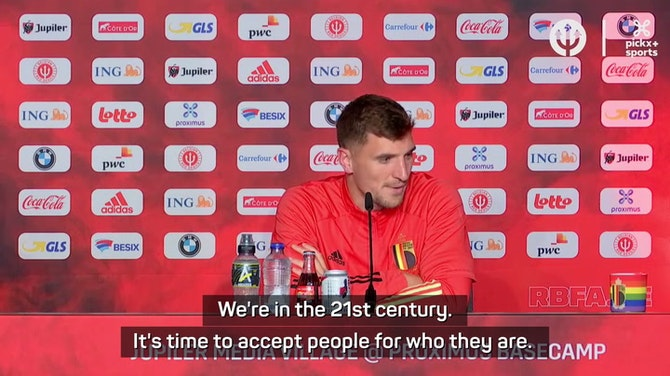 Meunier doubts football is ready for openly gay player