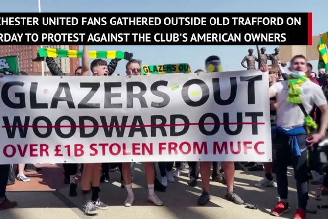 'We want Glazers out!' Manchester United fans protest against owners