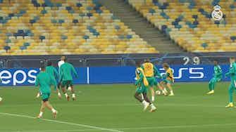 Imagen de vista previa para El Real Madrid se entrenó en el Olímpico de Kiev