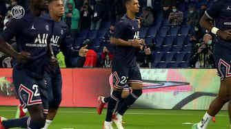 Imagem de visualização para Câmera OneFootball: bastidores da virada do PSG sobre o Lyon