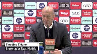 """Imagen de vista previa para Zidane, en titulares: """"Había una mano del Sevilla"""""""