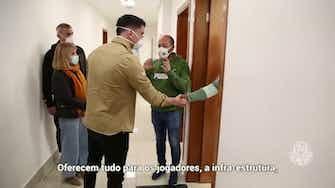 Imagem de visualização para Novo reforço do Palmeiras, Joaquín Piquerez conhece instalações do clube