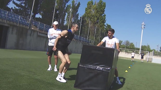 Image d'aperçu pour Varane, Modric, Kroos et Bale de retour à l'entrainement avec le Real Madrid