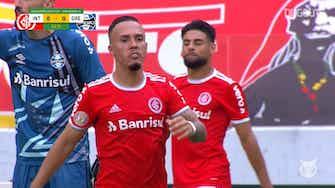 Preview image for Highlights Brasileirão: Internacional 2-1 Grêmio